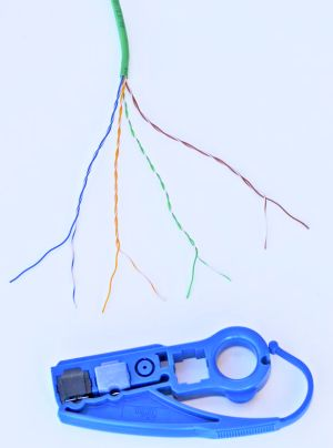 Cat 5e twisted pairs